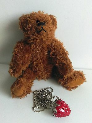Strawberry Teddy Bears - Roy Bear - jointed, comes with a Strawberry necklace