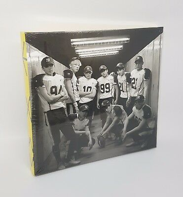 EXO Vol.2 Repackage Album [Love Me Right] Korean Ver. CD + Photobook + Photocard