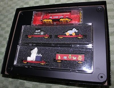 Micro-Trains 994-21-050 - Z Scale F7 Christmas 2014 Train Set-Toy Trunk Line