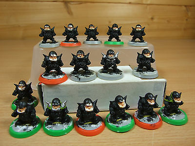 16 Plastic Dungeonbowl 2Nd Edition Dwarf Players Painted (085)