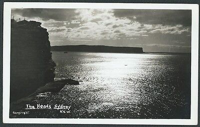 Vintage Postcard - The Heads Sydney N.S.W (copyright) - Free Postage