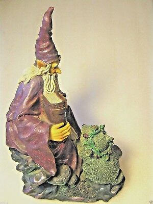 "WIZARD with SPELL BOOK & RAT ORNAMENT 10 1/4"" (26cm)"
