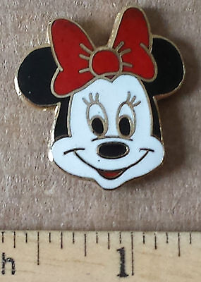 Minnie Mouse, Red Bow - Metal Lapel Pin