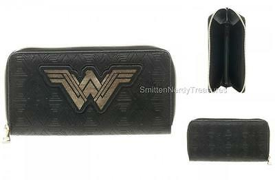 DC BATMAN vs SUPERMAN Dawn of Justice Licensed WONDER WOMAN Zip Around WALLET