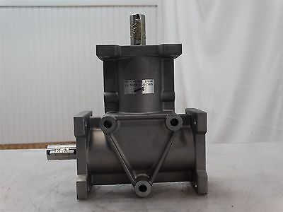 Browning 6ARA2-SF10 Right Angle Bevel Gear Reducer Ratio: 1:1