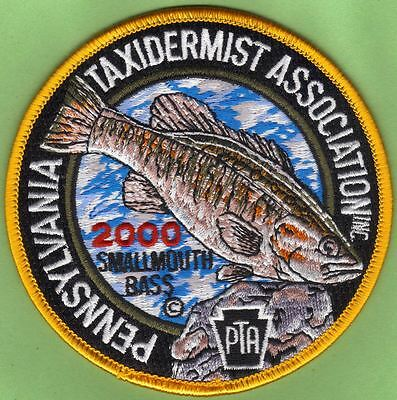 """Pa Pennsylvania Fish Game Commission 2000 PTA 4"""" Smallmouth Bass Taxidermy Patch"""