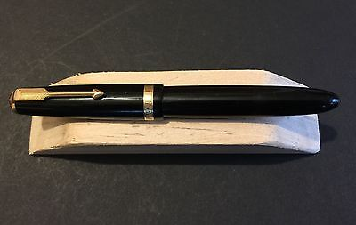 Parker Duofold Black with Gold Trim Fountain Pen - Free Postage
