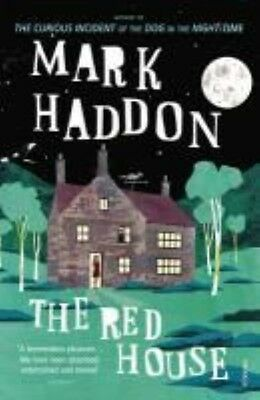 The Red House by Mark Haddon Paperback Book (English)