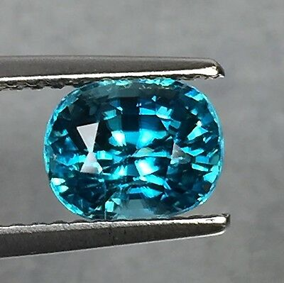 2.70 Cts Blue Zircon! Oval Natural Dazzling Cambodian Gemstone Aaa