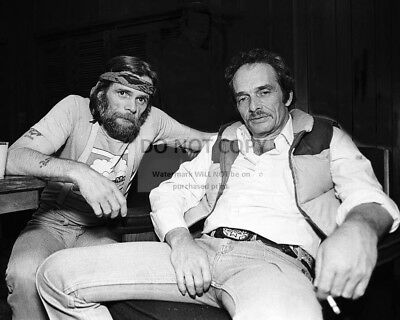 Merle Haggard & Johnny Paycheck Country Legends - 8X10 Publicity Photo (Zy-102)