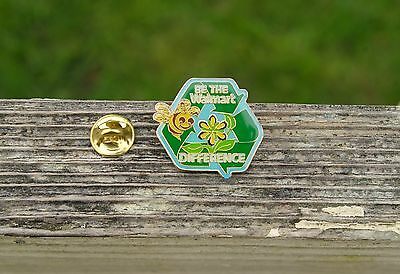 Be The Wal-Mart Difference Bee Recycle Metal & Enamel Employee Lapel Pin Pinback