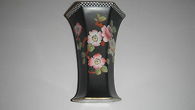 PRATTS KANSU WARE BLACK VASE PINK & YELLOW FLOWERS Rd No 657885