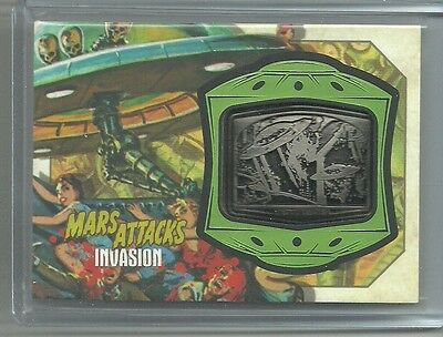 2013 Topps Mars Attacks Invasion Medallion MM-11 Crushed To Death Short Print SP