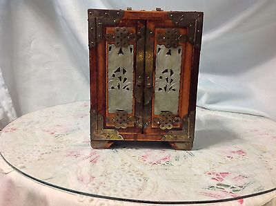 Beautiful Asian Vintage Men's Jewelry Box w/Jade Inserts; made in Hong Kong
