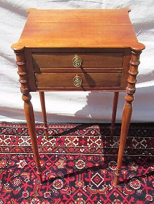 19Th Century Elegant Sheraton Two Drawer Mahogany Stand With Cookie Cornered Top