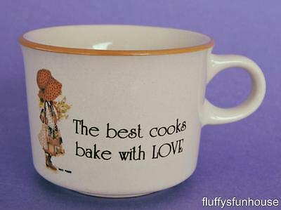 HOLLY HOBBIE ORANGE COUNTRY LIVING CUP 75ml 1981 The Best Cooks Bake With Love