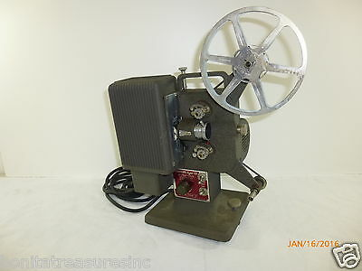 Vintage Eastman Kodak Kodascope Eight 8-33 8mm Movie Projector AS IS UNTESTED