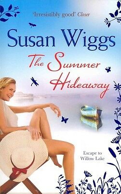 Summer Hideaway (the Lakeshore Chronicles, Book 7) by Susan Wiggs Paperback Book