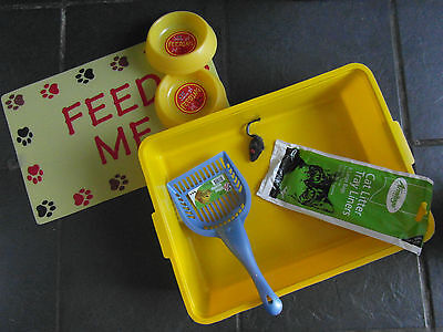 Cat Starter Set - Cat Litter Tray, Scoop, Food Bowls And Feeding Mat + Free Toy