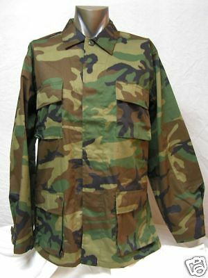 Woodland Camo U.S Forces M-65 Design Shirt/  Medium size