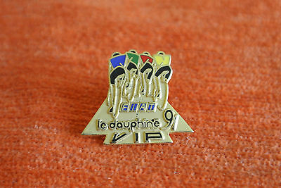 13779 Pin's Pins Criterium Velo Le Dauphine Fiat 91 Presse Vip Journal