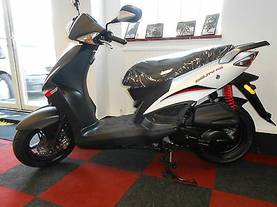 Kymco Agility 125cc RS 125 Scooter RS 125