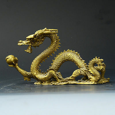 China Old Antique Brass Hand-carved Statue --- Dragon NRR027
