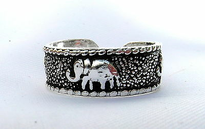 Sterling Silver (925) Adjustable  Elephants  Toe Ring  !!     Brand New !!