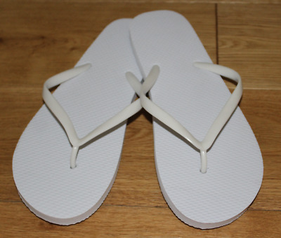 30 x Mixed Size White Wedding Flip Flops ~ perfect for Dancing Shoes Baskets