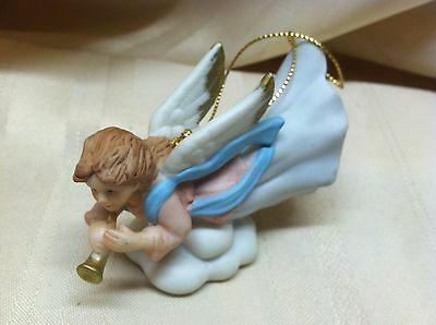 Homco Figurine of Angel With Horn #5722