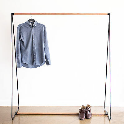 Wardrobe Coat and Shirt Rack HR1600 in Black, White in Black, White