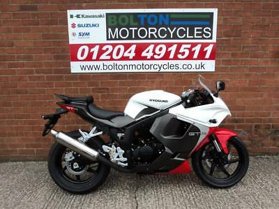 New Hyosung Gt125R Motorcycle