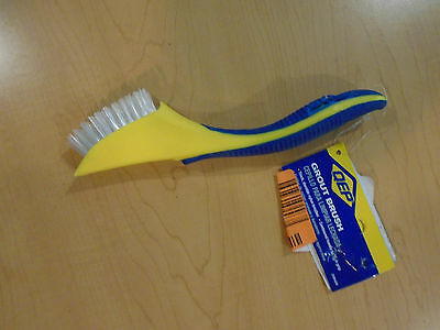 Qep 20840Q Grount And Tile Brush **new With Defect**