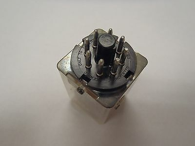 8 Pin Octal Base Relay SPDT 6VAC 6V Coil, Contact Rating 10A
