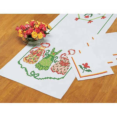 Herrschners Apron Strings Tablerunner & 4 Napkins Stamped To Cross Stitch