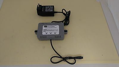 Zebra RCLI-AC Mobile Battery Charger for QL and RW Series Printers  CC16614-G4