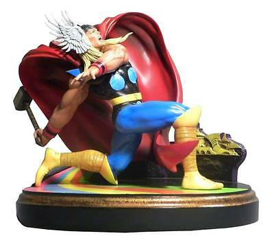 Marvel Premier Collection Thor Statue