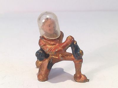 Spaceman Kneeling. (ref Or 958) With Helmet