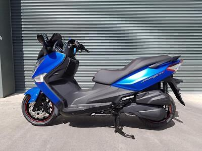 2017 JOYMAX 300i ABS SPORT..8.9% FIN OR A FOC CLOTHING AND HELMET PACKAGE.