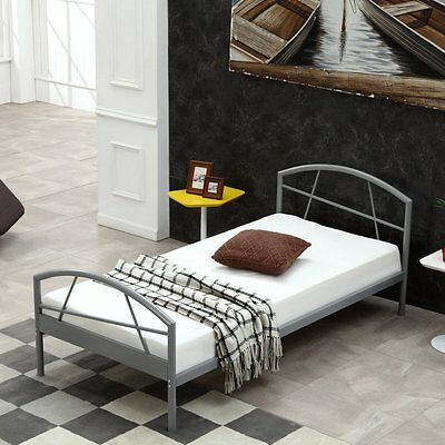metallbett einzelbett jugendbett bett bettgestell mit lattenrost grau 90x200 cm eur 40 99. Black Bedroom Furniture Sets. Home Design Ideas