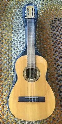 Vicente Tatay Tomas Spanish Flamenco/Classical Acoustic Guitar W: Speckled Case
