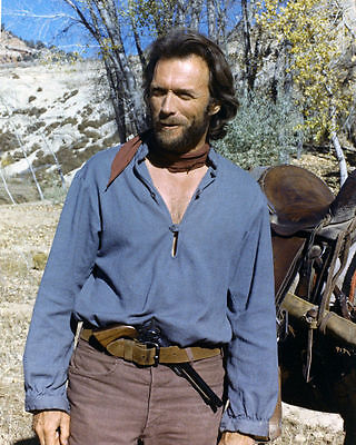 "Clint Eastwood In ""the Outlaw Josey Wales"" - 8X10 Publicity Photo (Bb-803)"