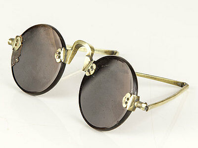 c1800 Chinese Brass Pair of Sunglasses with Quartz Lenses