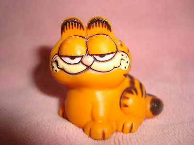"Garfield Vintage 1981 1.5"" tall PVC"