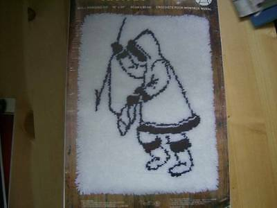 Tiktak Wall Hanging Kit- Rug Hooking, 18x24 Inches- Eskimo Ice Fishing - Bouquet