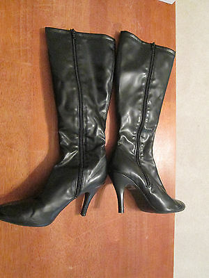 Womens Size 9.5 Black Knee High Zip Up Boots with 3 1/2 inch Heels - Unbranded