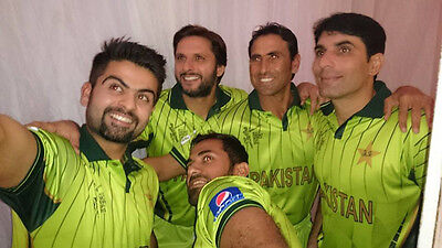 Official Pakistan World Cup 2015 shirt - Huge Bargain - Cheapest on ebay