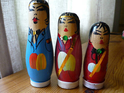 Set of 3 Wooden Russian Nesting Doll Style Sugar, Salt & Pepper Shakers Unusual