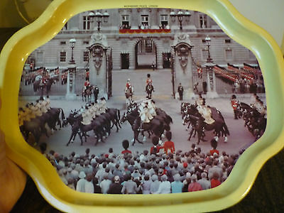 Vintage Buckingham Palace London, England Collector's Tray - Worcester Ware