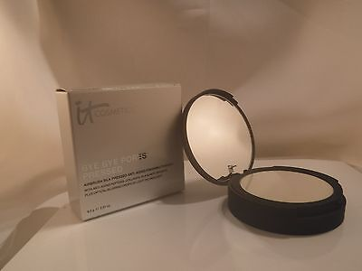 it Cosmetics Bye Bye Pores Anti Aging Pressed Finishing Powder, Translucent NIB